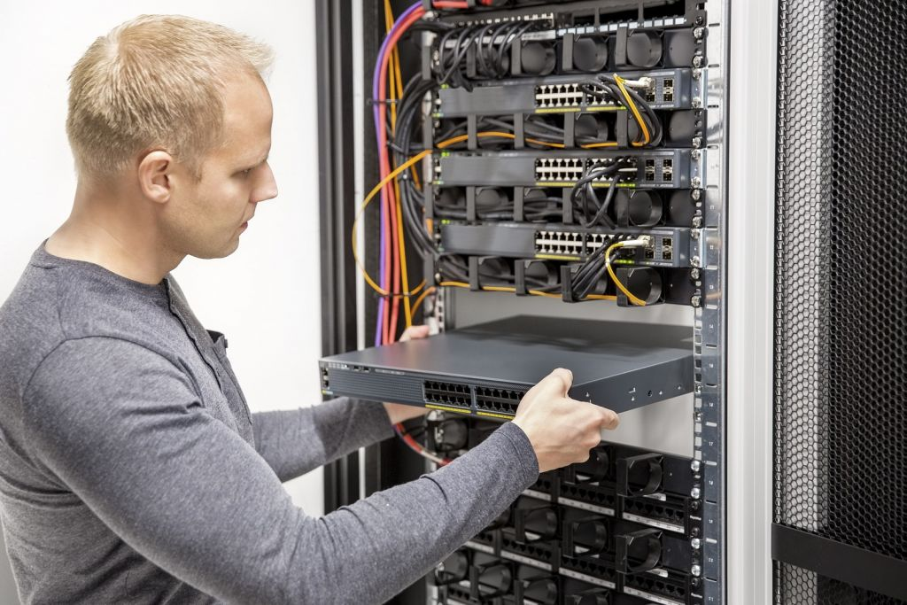installation technician job opening